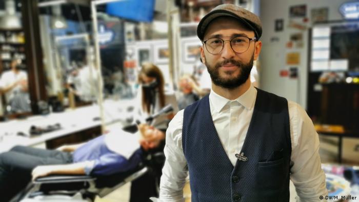"Tarik Ari, patron ""Der Barber"""