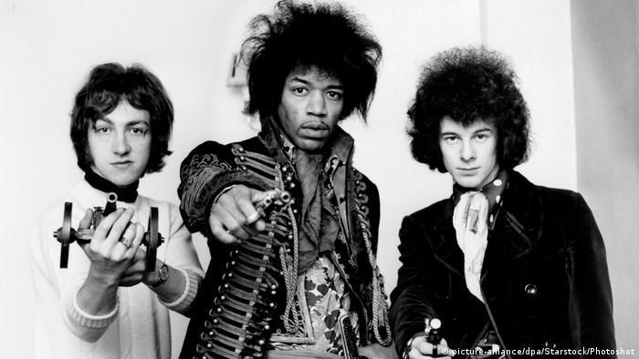 Jimi Hendrix Experience (lijevo Mitch Mitchell, u sredini Jimi Hendrix i desno Noel Redding)