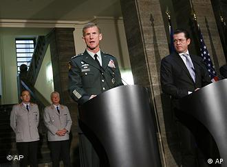 General Stanley McChrystal and Karl-Theodor zu Guttenberg in Berlin