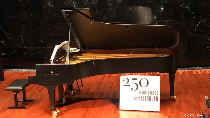 Der Flügel auf dem Susanne Kessel 250 piano pieces gespielt hat (DW/G. Reucher)