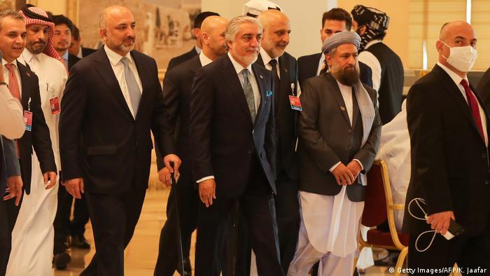 عبدالله: مذاکره تنها راه پایان جنگ افغانستان است