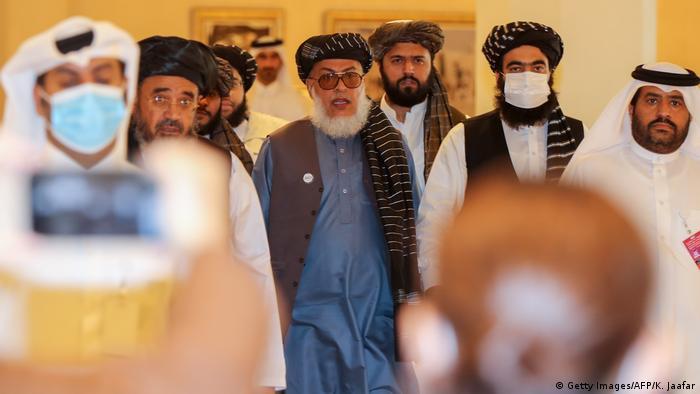 برخی نمایندگان طالبان میگویند هر نظامی که اکثریت مردم را در بر گیرد را میپذیرند، برخی دیگر بر یک نظام امارت اسلامی تأکید دارند