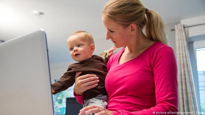 Γερμανία / τηλεργασία με μικρό παιδί