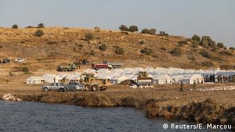 Πρόχειρος καταυλισμός για τους πρόσφυγες και μετανάστες της Μόριας μετά την πυρκαγιά