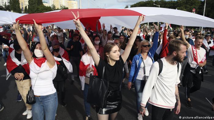 На протестах у Білорусі - велика кількість студентів та молоді