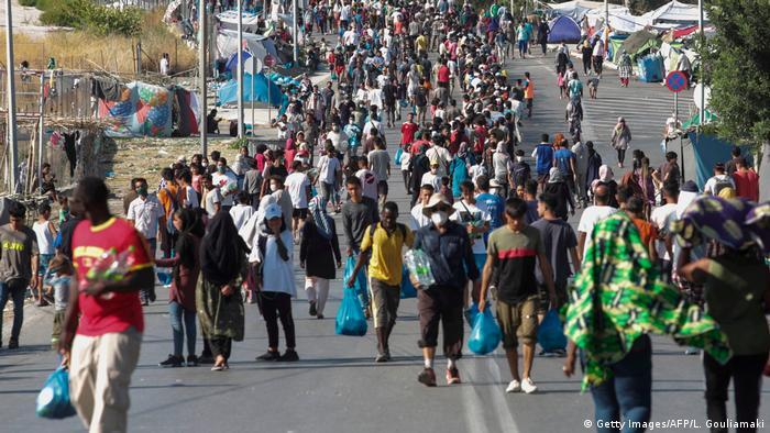 Obdachlose Flüchtlinge auf den Straßen von Lesbos/Getty Images