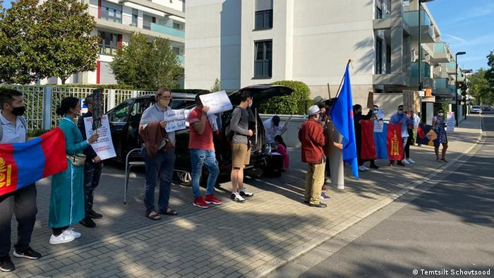 Düsseldorf | Proteste gegen kulturelle Genozide in der Inneren Mongolei (Temtsilt Schovtsood)