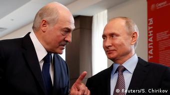 ARCHIV Sotschi Lukaschenko und Putin (Reuters/S. Chirikov)