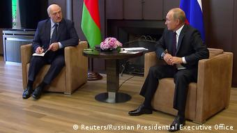 Александр Лукашенко и Владимир Путин во время переговоров в Сочи, 14 сентября