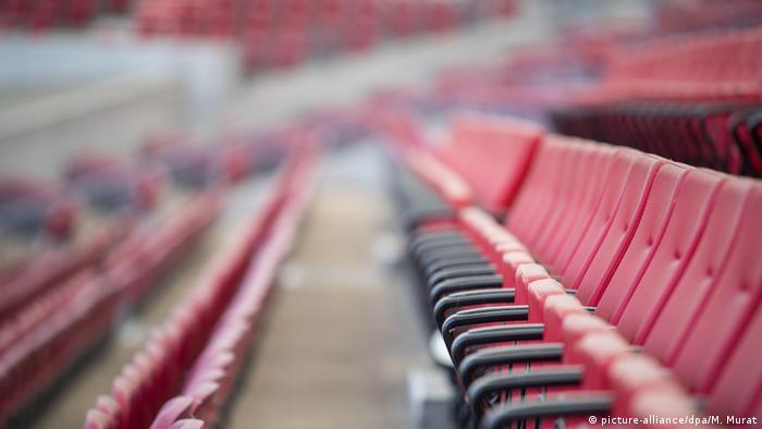 Fußball Bundesliga | VfB Stuttgart | Stadion Tribüne