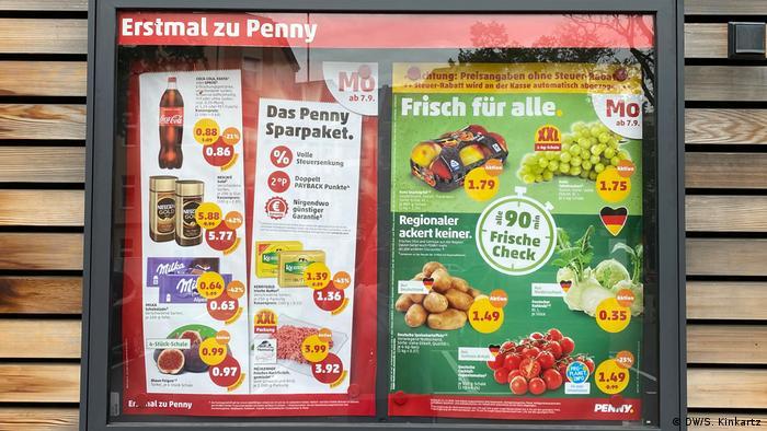 Plakat sa posebnim ponudama lanca Penny