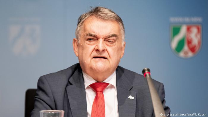 Minister spraw wewnętrznych Nadrenii Północnej-Westfalii Herbert Reul