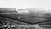 Museen der Stadt Nürnberg | Ausstellung Das Dokumentationszentrum Reichsparteitagsgelände - Reichsarbeitsdienst auf dem Zeppelinfeld