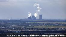 Blick vom Fernsehturm Colonius in Köln