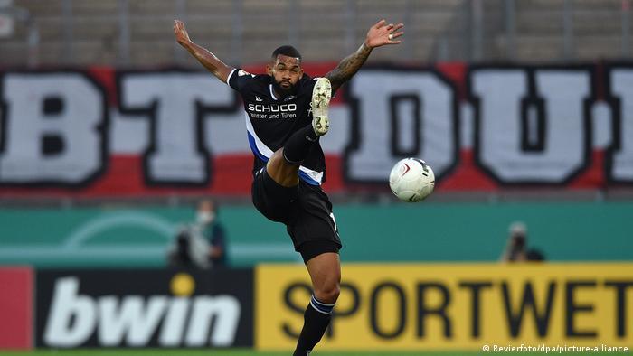 Fußball DFB-Pokal Rot-Weiss Essen - Arminia Bielefeld (Revierfoto/dpa/picture-alliance)