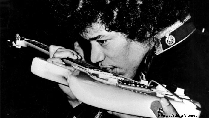Jimi Hendrix | US-amerikanischer Musiker (United Archives/picture-alliance)
