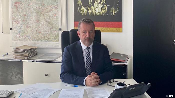 Dr. Bernd Fabritius (BMI)