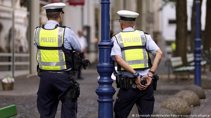 الشرطة في كولونيا، صورة من الأرشيف