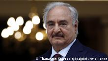 Libyen | General Chalifa Haftar (Thanassis Stavrakis/dpa/picture-alliance)