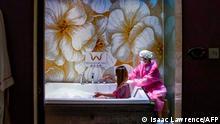 BdTD Coronavirus | Hongkong Wiedereröffnung der Badehäuser