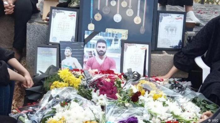 Iran Trauerfeier für Ringer Navid Afkari (UGC)