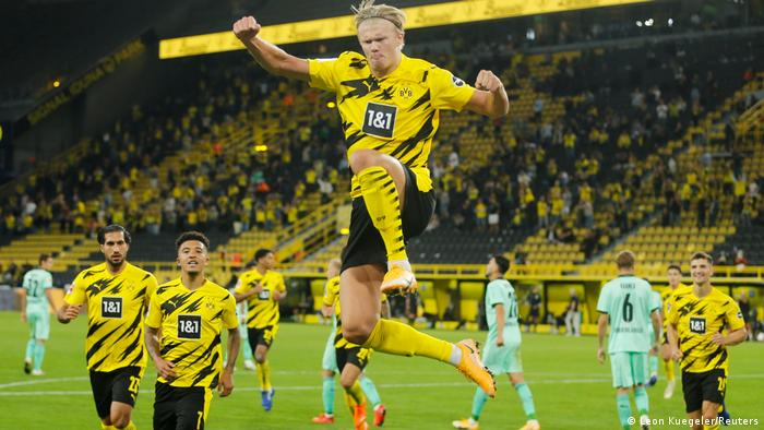 Bundesliga Erling Haaland Helps Borussia Dortmund To Opening Day Win Sports German Football And Major International Sports News Dw 19 09 2020