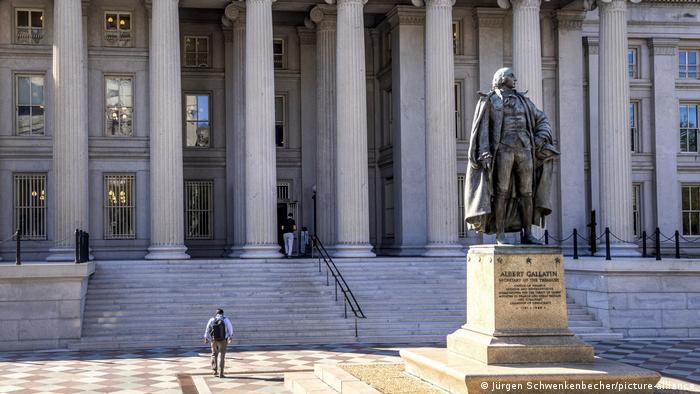 Washington: Das US-Finanzministerium - die Staatsschulden steigen (Jürgen Schwenkenbecher/picture-alliance)