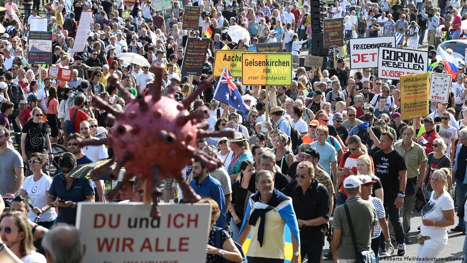 Germany: Thousands march at coronavirus skeptics rally in Dusseldorf