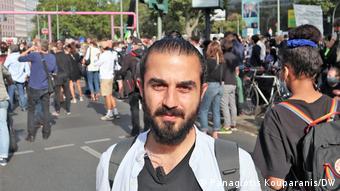 Η Γερμανία θα πρέπει να δεχτεί άμεσα όλους του πρόσφυγες από τα ελληνικά νησιά ζητά ο Ταρέκ Αλάος