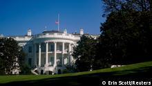 USA: Weißes Haus I Flagge auf Halbmast I Trauer