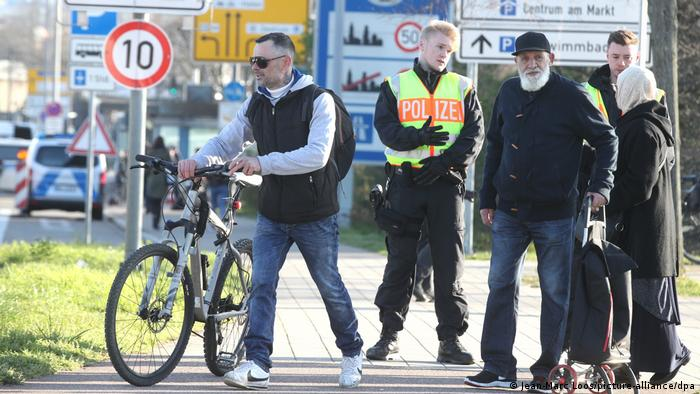 Police officer controlling the French-German border in Strasbourg