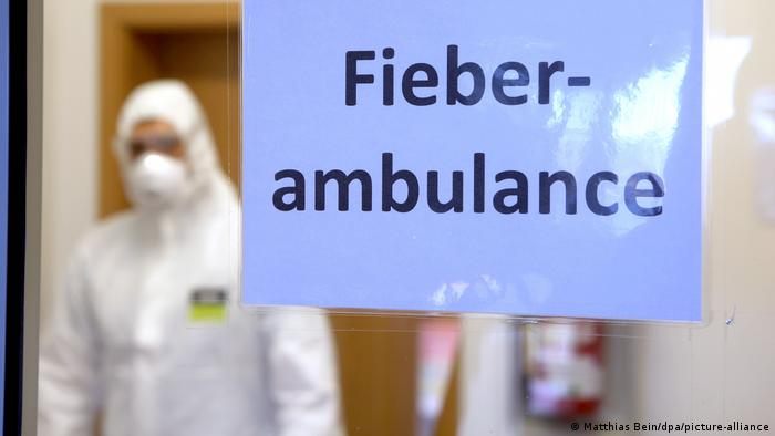 A German fever outpatient clinic to test and treat possible coronavirus patients (Matthias Bein/dpa/picture-alliance)