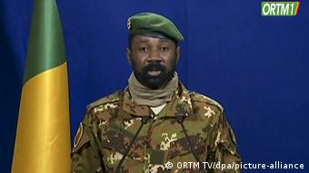 Assimi Goïta, le chef des putschistes, va seconder Bah N'Daw