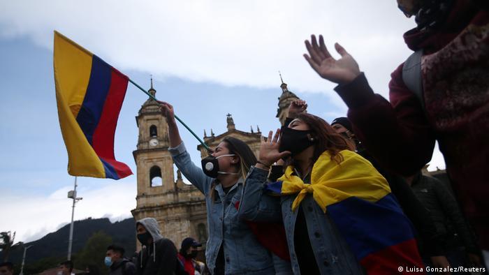 Kolumbien Protest gegen die Politik von Präsident Ivan Duque in Bogota