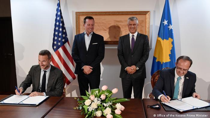 Unterzeichnung des Wirtschaftsabkommens zwischen dem Kosovo und den USA (Office of the Kosovo Prime Minister )