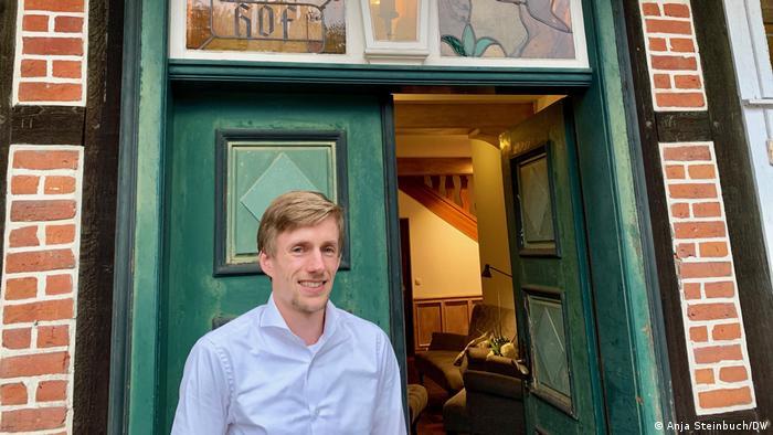Lüneburg Heath hotel proprietor Björn Bohlen (Anja Steinbuch/DW)