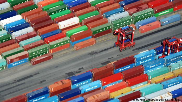 Global Ideas | Symbolbild Wirtschaftswachstum (Marcus Brandt/dpa/picture-alliance)