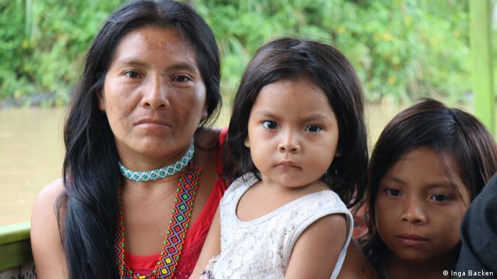 Mujeres indígenas en el Amazonas.