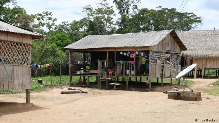 Brasilien Volk Huni Kuin im Amazonas-Regenwald