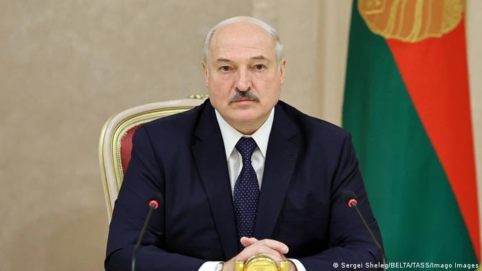 Lukaşenko Minsk'te gizlice yemin etti