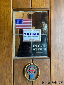 USA   Reportage Trump Unterstützer   Eingangstür (Ines Pohl/DW)