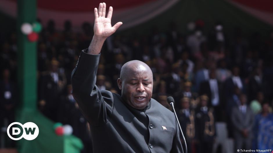 Quel bilan pour Evariste Ndayishimiye après un an à la tête du Burundi ?