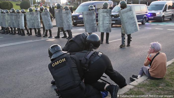 Затримання у Мінську під час акції протесту (архівне фото)