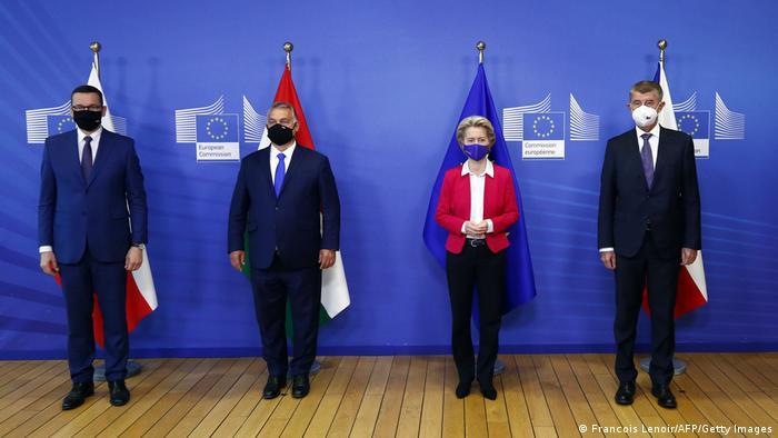 Belgien Visegrad-Gruppe Orban Babis von der Leyen (Francois Lenoir/AFP/Getty Images)