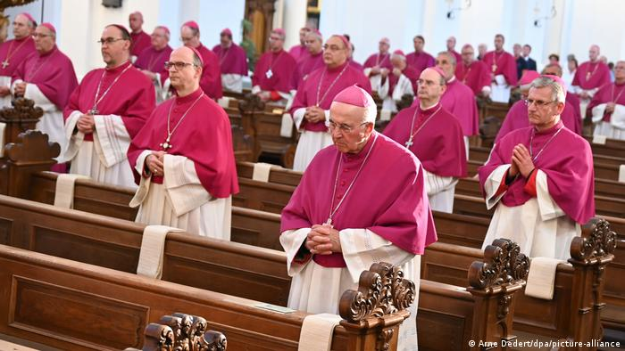Fall meeting of the German Bishops' Conference (Arne Dedert/dpa/picture-alliance)