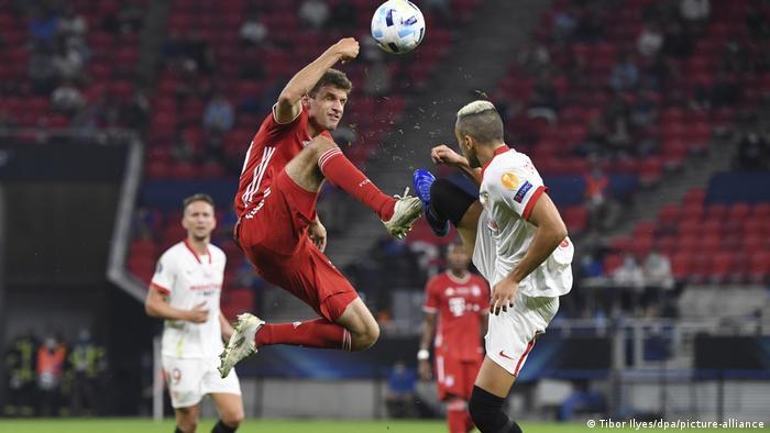 Fußball | UEFA Super Cup | FC Bayern – FC Sevilla (Tibor Ilyes/dpa/picture-alliance)