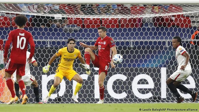 Fußball | UEFA Super Cup | FC Bayern – FC Sevilla (Laszlo Balogh/AP Photo/picture-alliance)