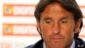 Hamburgs Trainer Bruno Labbadia (Foto: AP)