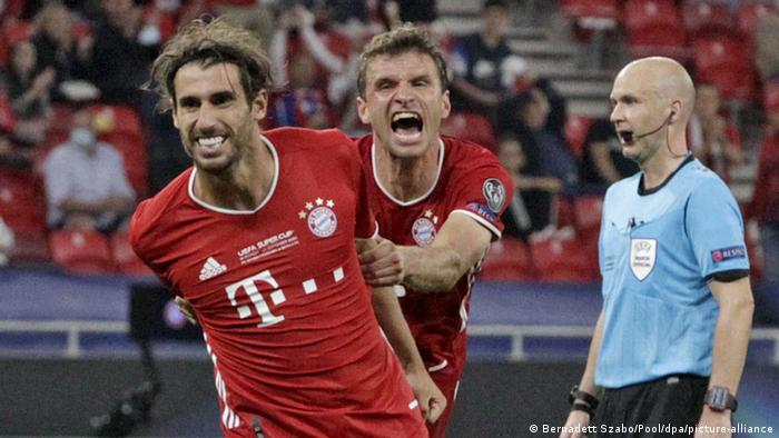 Javi Martinez celebrates his goal against Sevilla