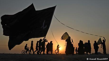 BdTD Irak irakische schiitische Pilger vor religiösem Fest Arbaeen (Asaad Niazi/AFP)